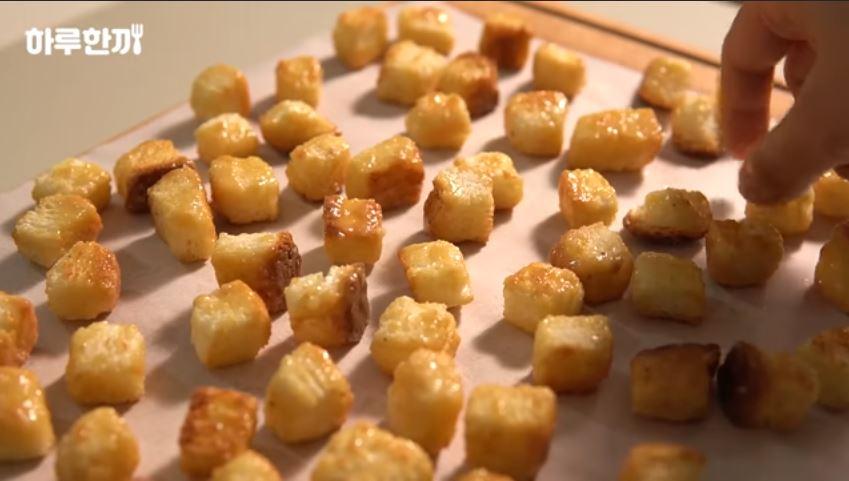 popcorn caramel bread