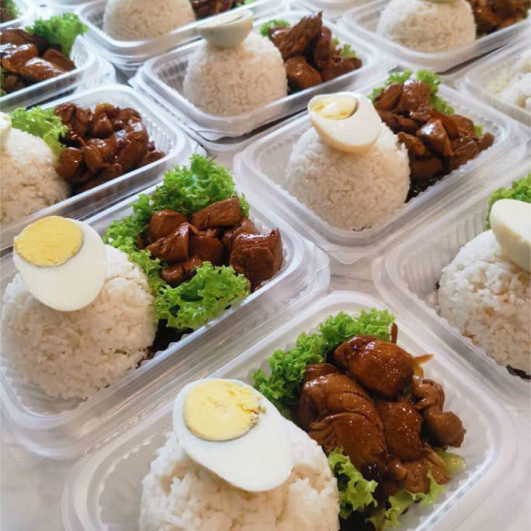 Chicken Claypot House Free Meals